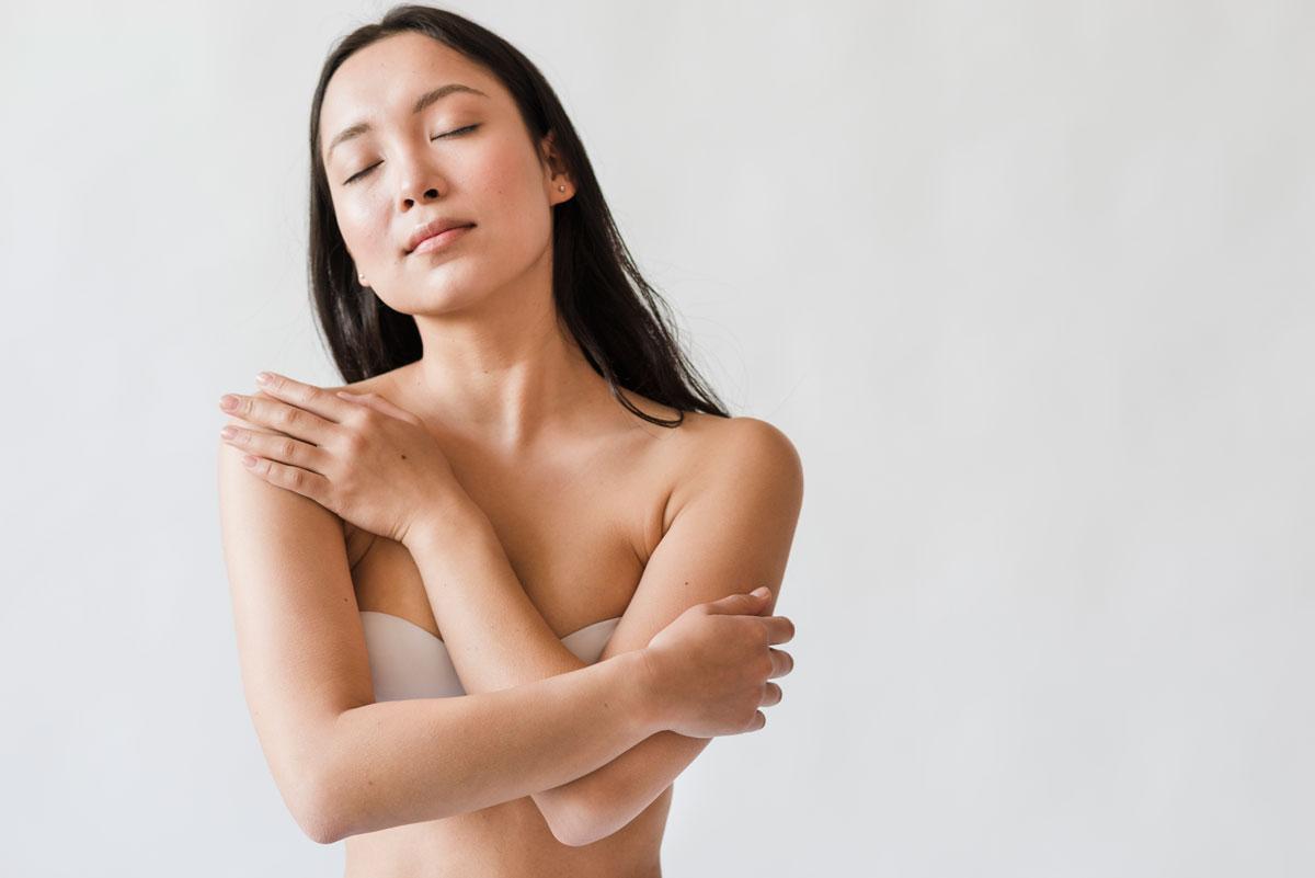 nude Cambodian girl